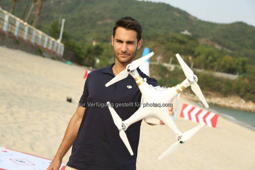 DJI: Multicopterhersteller DJI testet seine Phantom 3 unter Wettkampfbedingungen (C) obs/DJI, © Aussendung (17.06.2015)