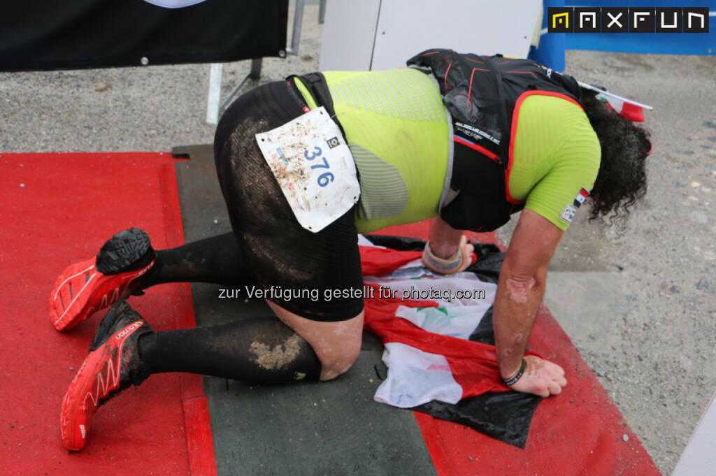 Mozart 100, erschöpft, Erschöpfung, atemlos, am Boden, © MaxFun Sports (22.06.2015)