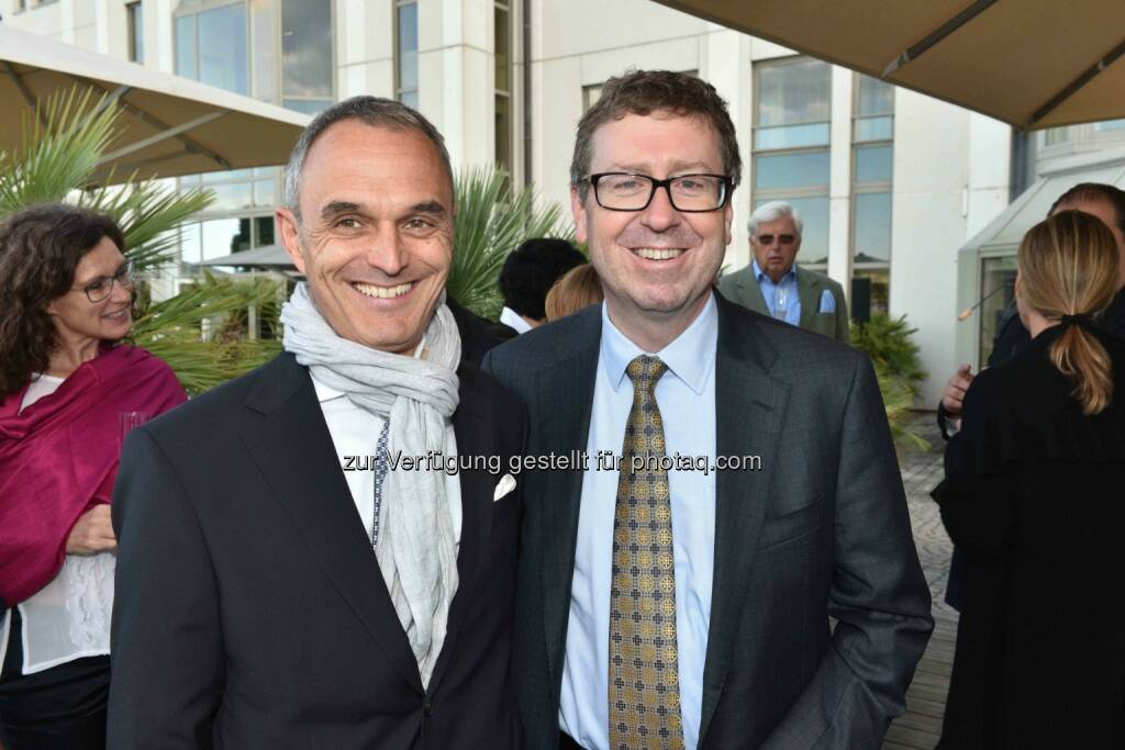 Norbert B. Lessing, Präsident der American Chamber of Commerce in Austria (AmCham Austria) und Hilton Country General Manager Austria, Eugene Young, Deputy Chief of Mission der United States Embassy, © leisure.at/Roland Rudolph (24.06.2015)