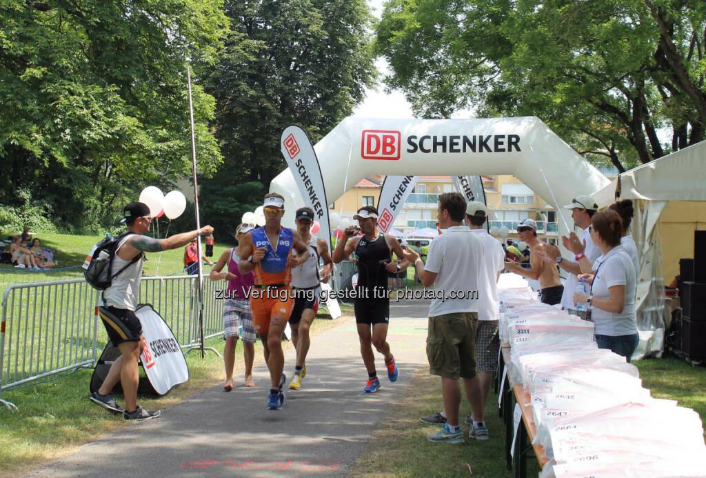 DB Schenker in Österreich: DB Schenker versorgt 3.000 Sportler beim Ironman 2015 (C) DB Schenker, © Aussendung (25.06.2015)