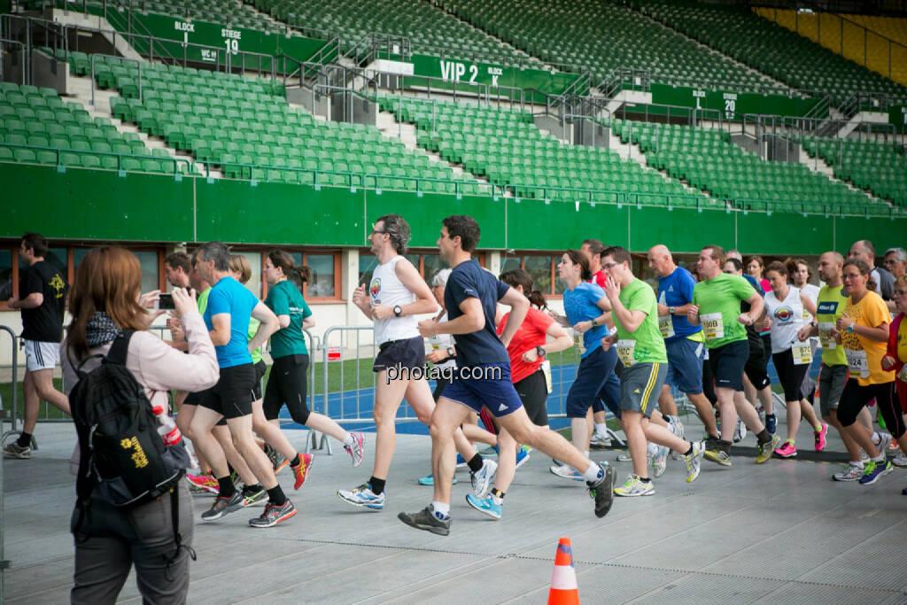 LCC Team- und Firmenlauf, © photaq/Ludwig Hartweger/Martina Draper/div.Handypics (26.06.2015)