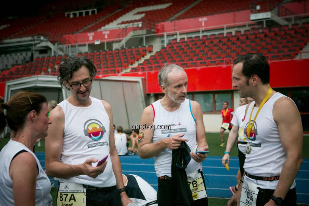 Virutelle Laufclubs Josef Chladek, Christian Drastil, Stefan Kratzsch (Deutsche Bank), © photaq/Ludwig Hartweger/Martina Draper/div.Handypics (26.06.2015)