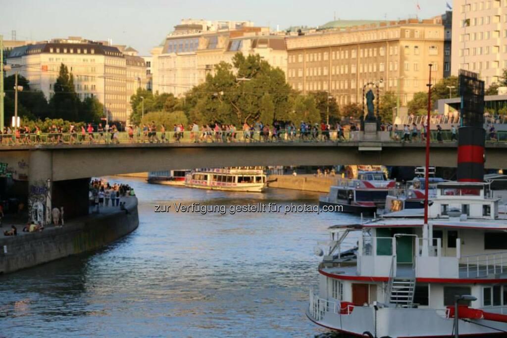 Donaukanal Brooks Run Happy Tour Wien, © Brooks (29.06.2015)