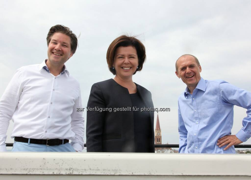 Michael Meixner, Isabella Koch und Dieter Zoubek: ACP Business Solutions Wien: ACP Business Solutions Wien übernimmt Medix Informatik, (C) Hetzmannseder, © Aussendung (02.07.2015)