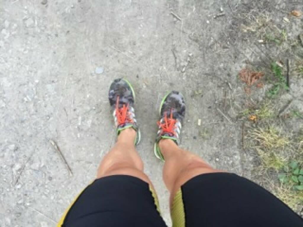 laufen, Beine, Laufschuhe (05.07.2015)