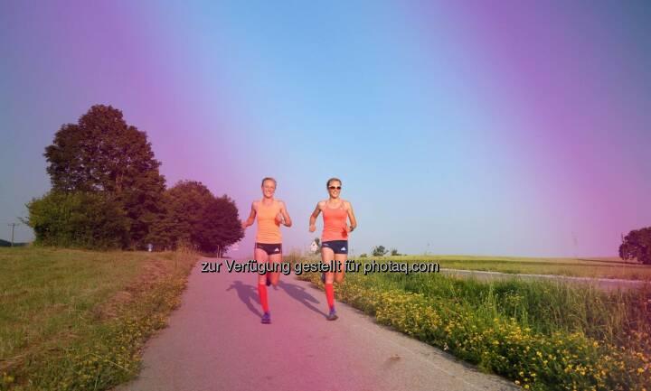 Sommer - Anna Hahner und Lisa Hahner, Hahnertwins