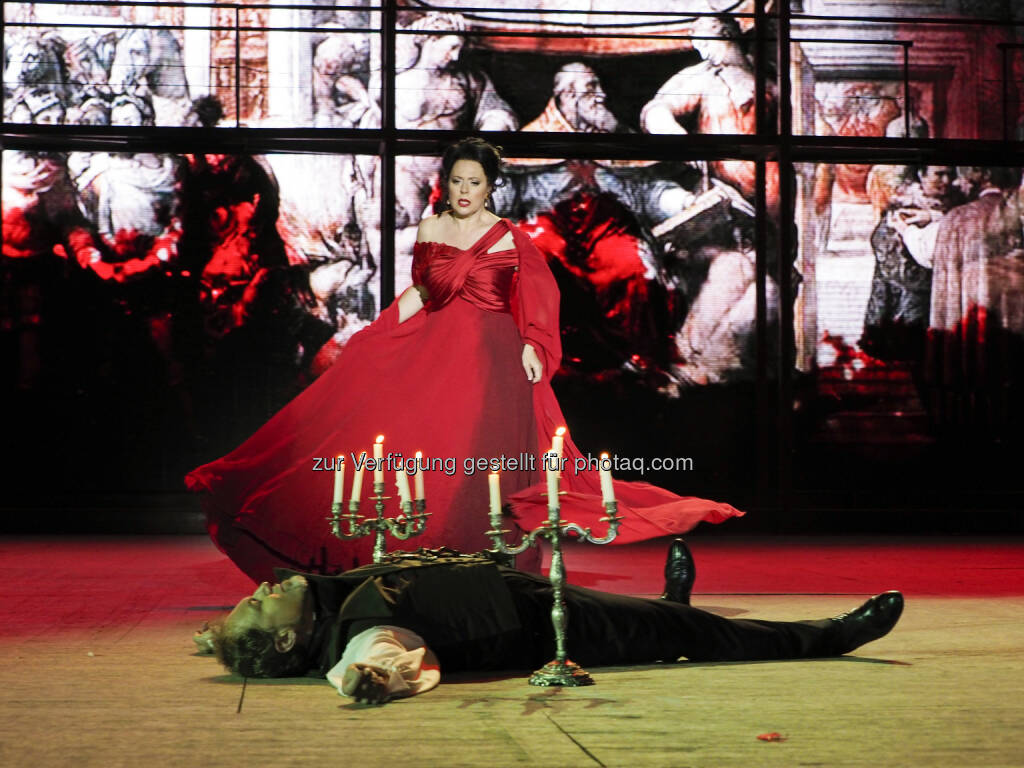 Martina Serafin (Tosca) Davide Damiani (Scarpia) (C) Arenaria, © ViennaPress / Andreas Tischler (09.07.2015)
