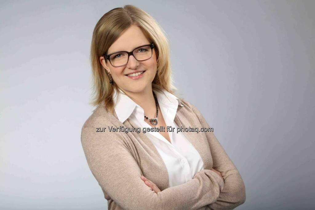 Britta Schramm wird mit dem Bertha Benz-Preis 2015 ausgezeichnet. Ihre Dissertation legte sie der Fakultät für Maschinenbau an der Universität Paderborn vor. (Foto: Schramm/Daimler und Benz Stiftung), © Aussendung (10.07.2015)
