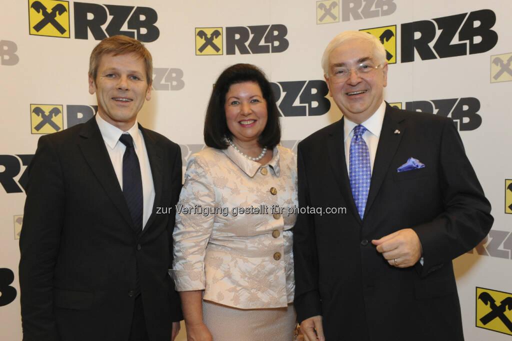 Josef Ostermeyer, Staatssekretär; Charlotte und Walter Rothensteiner, © RZB (10.03.2013)
