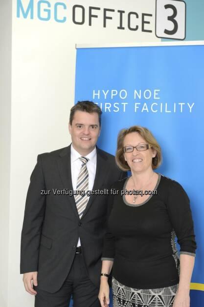 Neuer Firmensitz für Hypo NOE First Facility im MGC Office Park im 3. Wiener Gemeindebezirk: Christoph Rauch und Susanne Schindler (c) Hypo NOE First Facility  (12.03.2013)