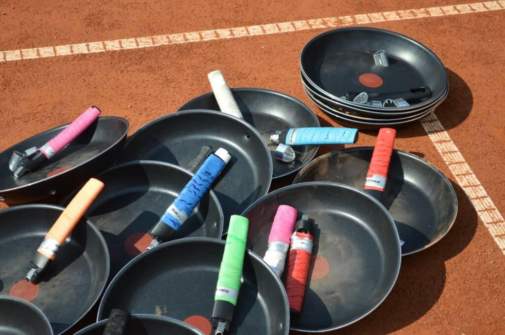 Pfanne Tennis, &copy;  <a href=
