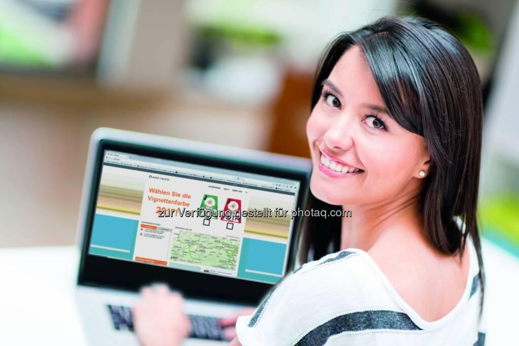 Asfinag : Kunden entscheiden über eine Vignettenfarbe – Online-Voting ab 20.7.2015 auf www.asfinag.at : Fotocredit: asinag, © Aussendung (20.07.2015)