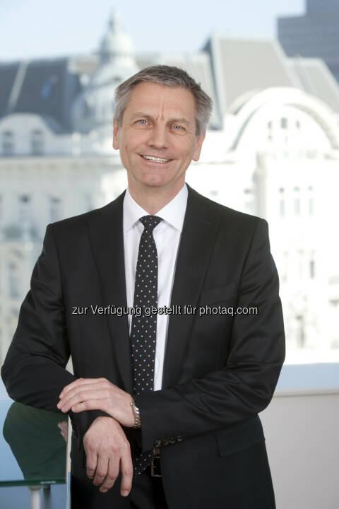 Josef Zechner, Mitglied der Wissenschaftlichen Leitung bei Spängler IQAM Invest wurde vor kurzem in den Beratenden Wissenschaftlichen Ausschuss (ASC) berufen, der dem Europäischen Ausschuss für Systemrisiken (Esrb) beratend und unterstützend zur Seite steht. (c) Spängler Iquam Invest GmbH
