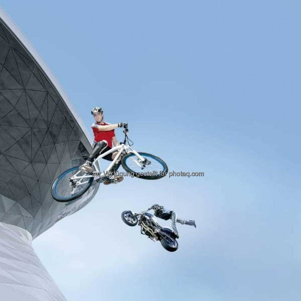 Zweiradtage in der BMW Welt München : Fahrspaß auf zwei Rädern am ersten August-Wochenende mit Workshops und Stunt-Shows : (c) BMW Group, © Aussendung (24.07.2015)