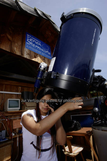 Sattleggers Alpenhof : Feriensternwarte auf der Emberger Alm in Kärnten bietet seinen Gästen dank zweier Profi-Teleskope einzigartige Ausblicke in fremde Galaxien : © Johannes Puch , © Aussender (24.07.2015)