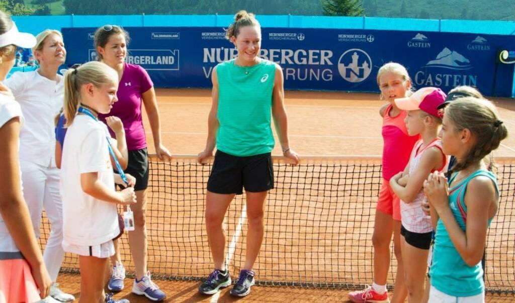 Siegerin Samantha Stosur gibt Tennis Tips, &copy;  <a href=