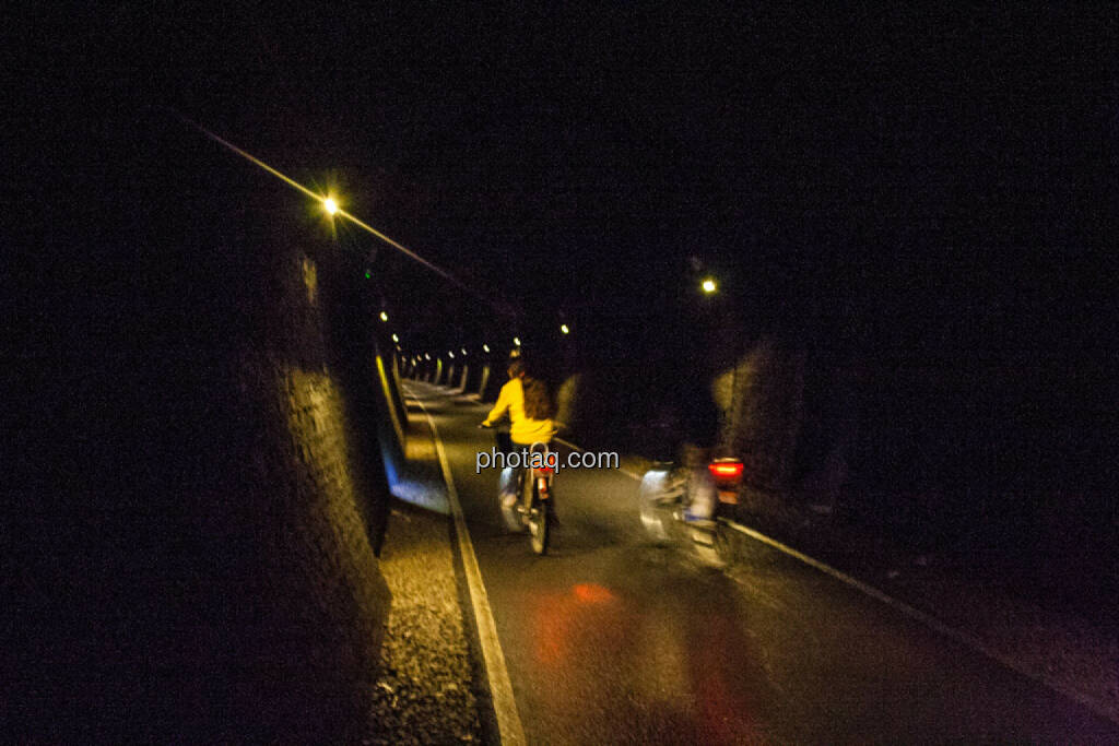 im ehemaligen Eisenbahntunnel, © Martina Draper (27.07.2015)