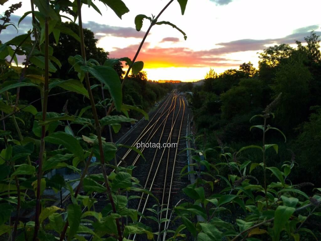 Sonnenaufgang, Eisenbahn, Bahn, Schienen, © Martina Draper (29.07.2015)