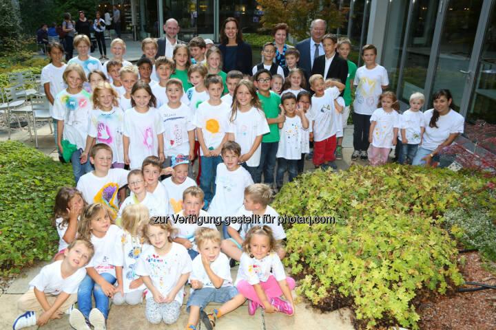 Sophie Karmasin (BM) besucht Kinderbetreuungsprojekt der Frequentis AG : Frequenty Kinderwochen  : Fotograf: Ludwig Schedl Fotocredit: Frequentis AG/APA-Fotoservice/Schedl