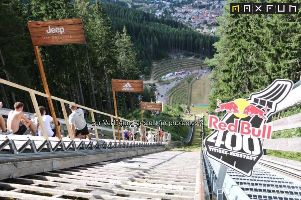 Red Bull 400, Tal, talwärts, bergab, tief, unten, © MaxFun Sports (05.08.2015)