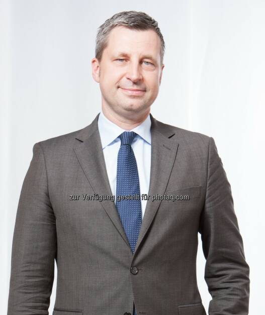 Robin Lemke : Kerkhoff Group wirbt High Potentials ab. Robin Lemke ist mit Wirkung zum 1. August 2015 Geschäftsführer bei der Kerkhoff Group GmbH. In dieser Funktion verantwortet Lemke gesellschaftsübergreifend neben dem Vertrieb auch das Personalmanagement :  © Kerkhoff Group GmbH, © Aussendung (05.08.2015)