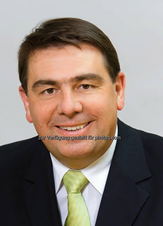 Heribert Donnerbauer - neuer Aufsichtsratsvorsitzender der Volksbank Wien AG : Volksbank Wien-Baden AG wird zur Volksbank Wien AG : © Fotograf: Wilke/Fotocredit: ÖGV