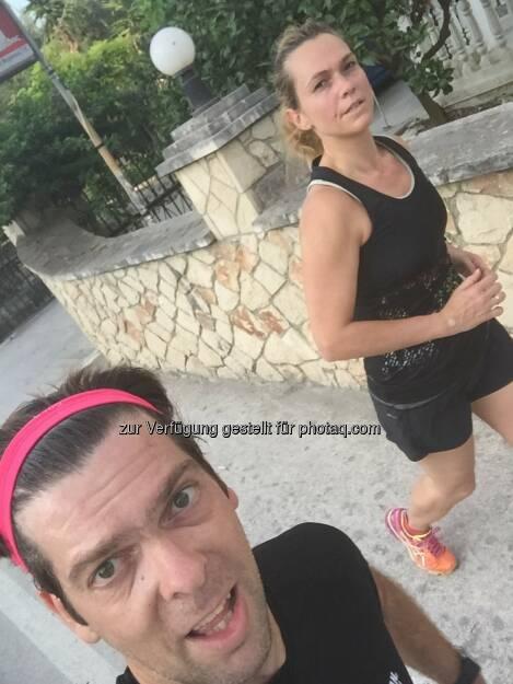 Jochen Gold mit Ehefrau, laufen (07.08.2015)