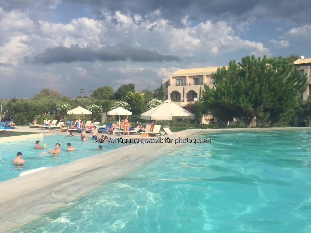 Schwimmbecken, schwimmen, Zakynthos (08.08.2015)