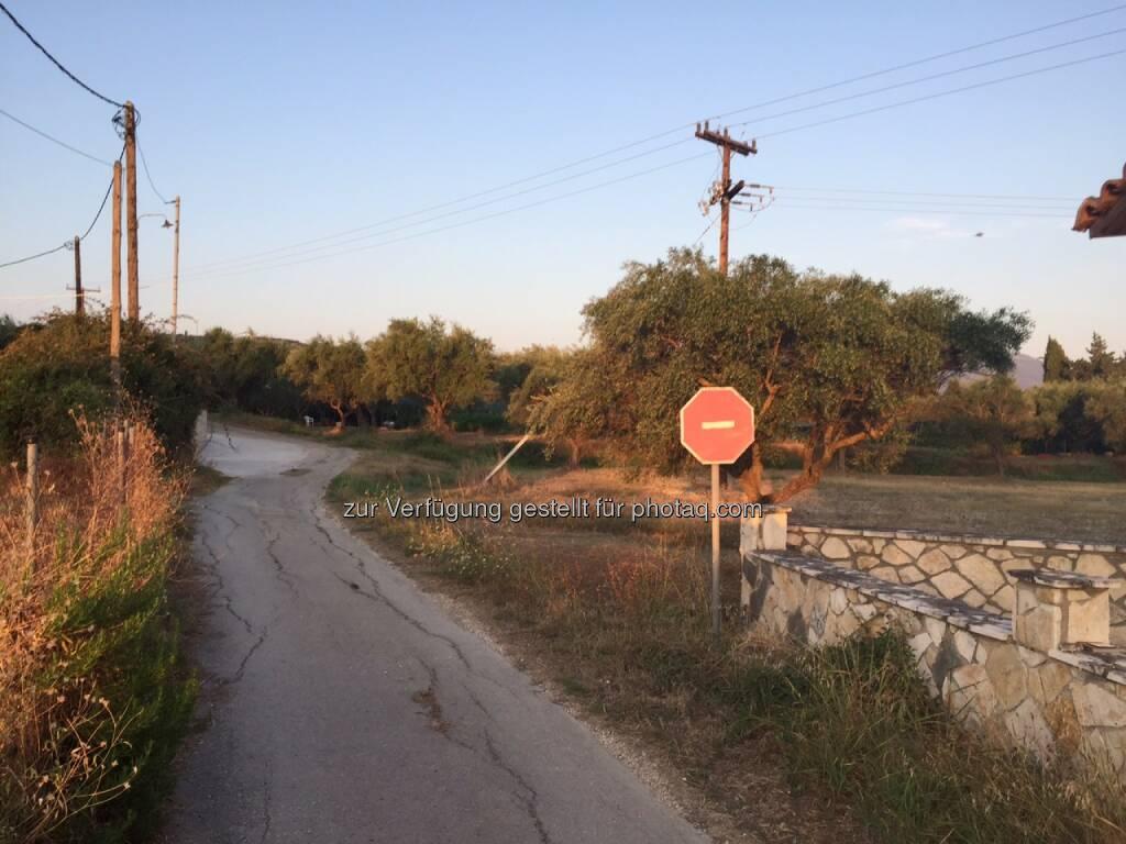 Einfahrt verboten, Griechenland, Straße (10.08.2015)