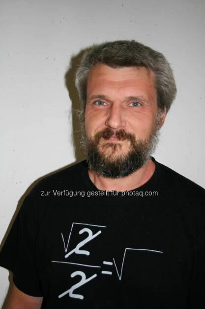 Werner Baumgartner (JKU Linz): Echse lässt Wasser gegen Schwerkraft fließen – JKU ForscherInnen entschlüsseln Naturphänomen (C) JKU Linz, © Aussendung (10.08.2015)