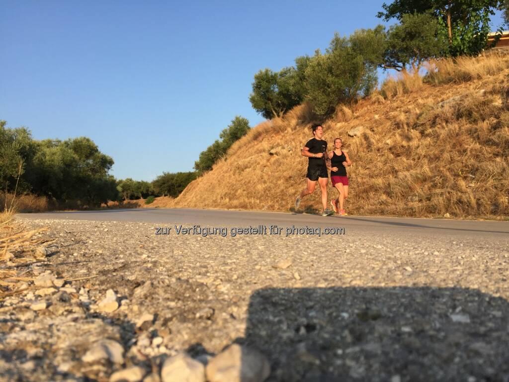 Jochen und Evelyn Gold, laufen, Griechenland (11.08.2015)