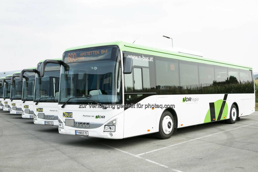 """Verkehrsverbund Ost-Region (VOR): Premiere der neuen """"VORRegio"""" Busse : : © Fotograf: Diesner/Fotocredit: Verkehrsverbund Ost-Region (VOR) GmbH, © Aussendung (17.08.2015)"""