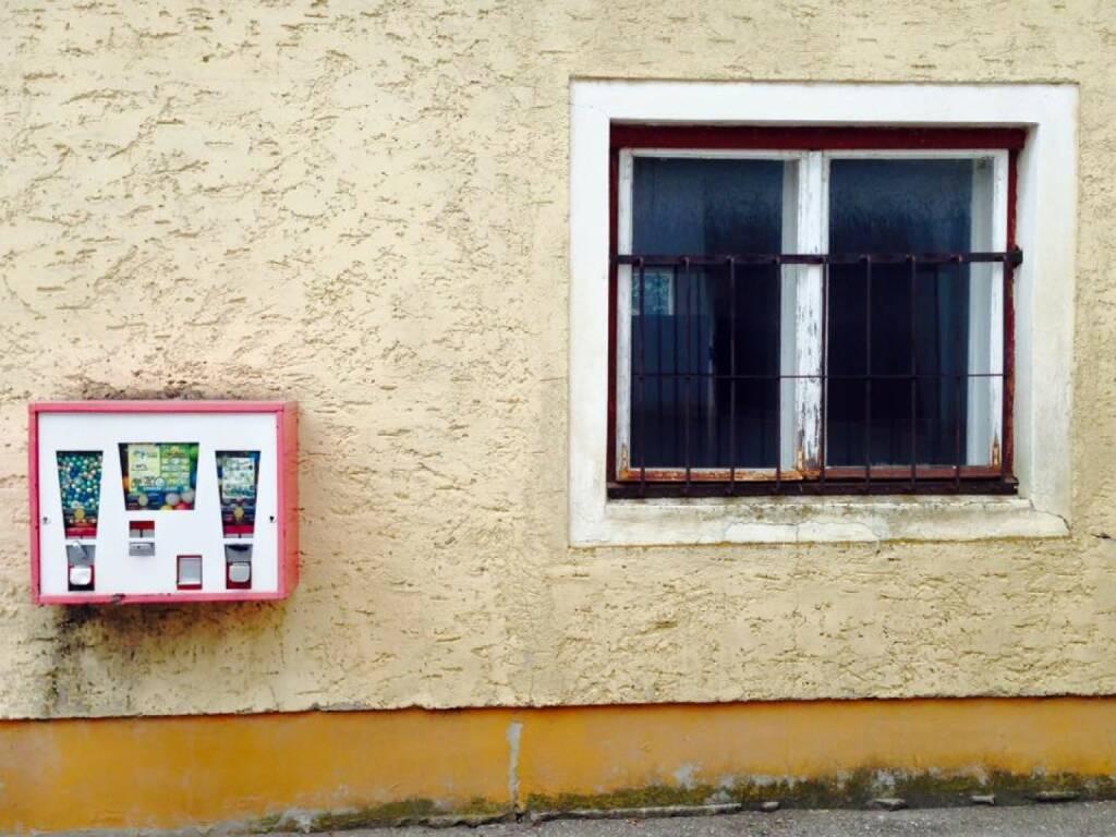 Fenster Kaugummi Automat (19.08.2015)