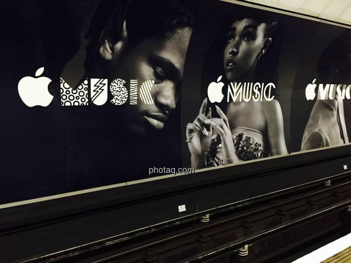 Apple, Apple Music, Werbeplakat