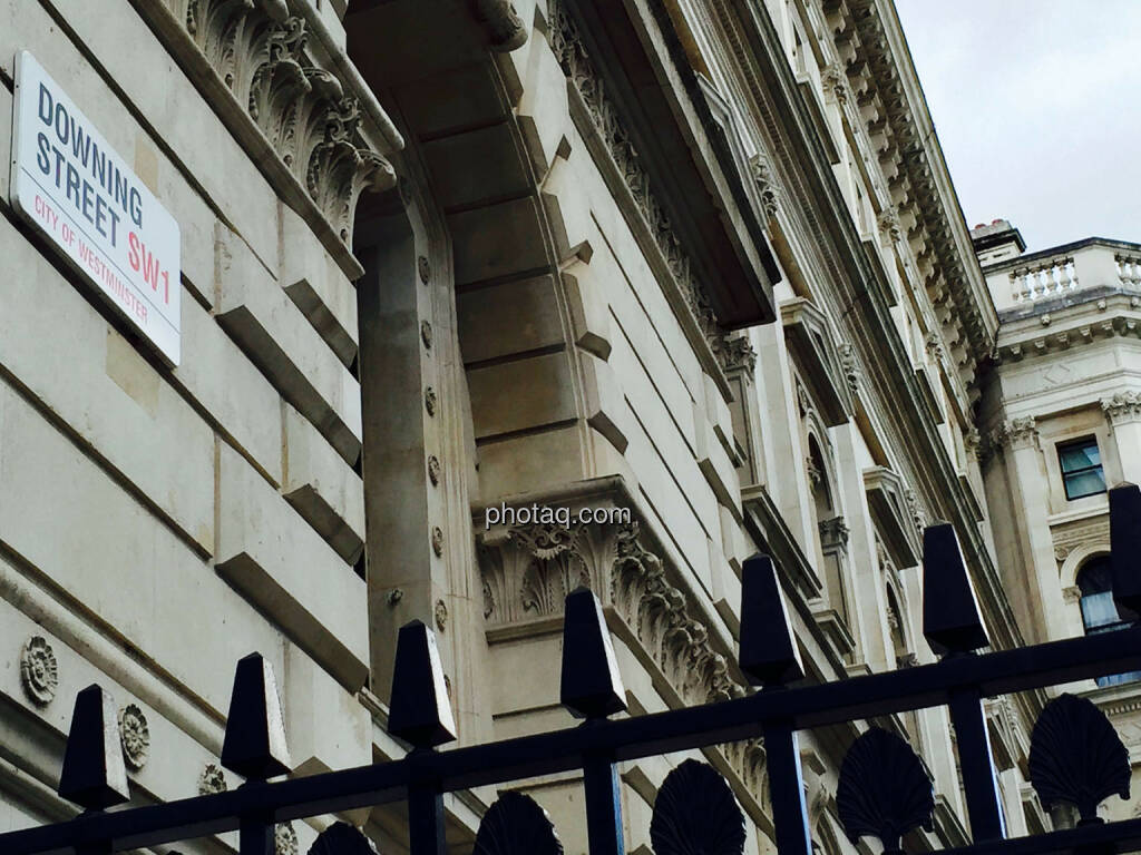 Downing Street 10, London, © photaq.com (24.08.2015)