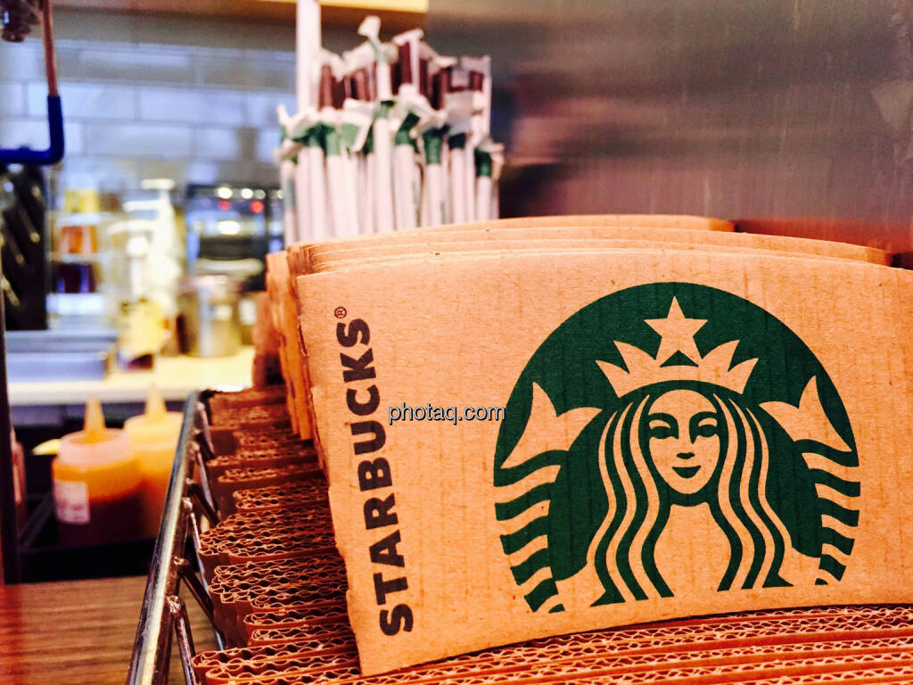 Starbucks, © photaq.com (24.08.2015)