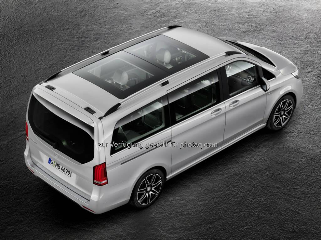 Mercedes Benz V-Klasse – V 250 d : Angebotsportfolio der Mercedes-Benz V-Klasse wird erweitert : Die neue V-Klasse AMG Line bringt sportliches Design in das Segment der Großraumlimousinen : (c) Daimler AG, © Aussendung (26.08.2015)