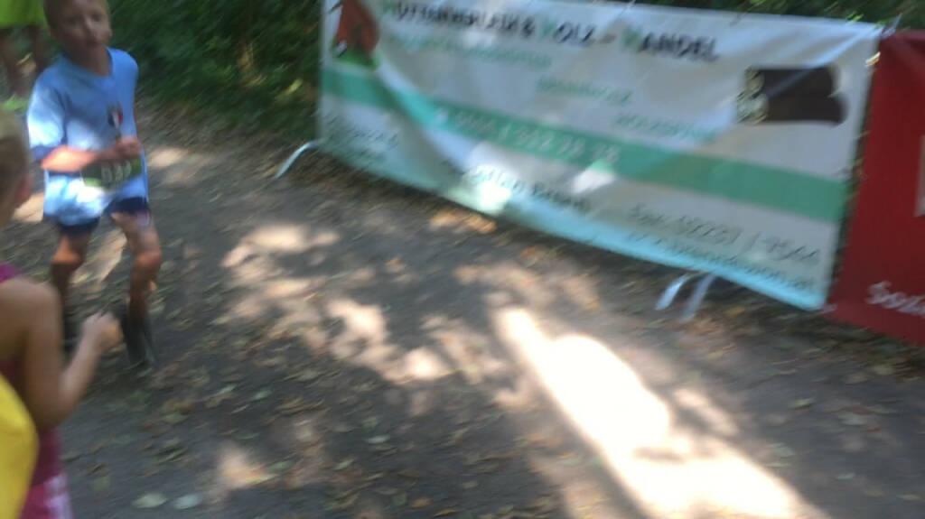 Sohnemann Maxim 3. seiner Altersklasse beim Wienerwaldlauf (30.08.2015)