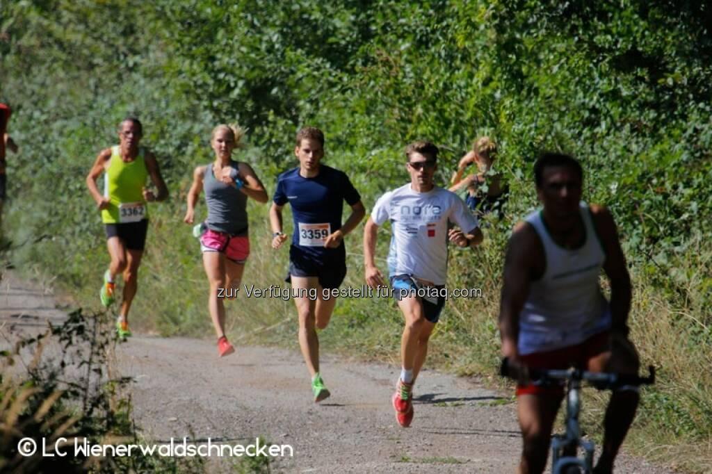 Sandra Koblmüller, Dominik Wychera (Nora Pure Sports), © LC Wienerwaldschnecken (01.09.2015)