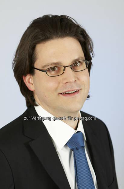 Dieter Hackl : ab 01.September 2015 Director Health & Value bei Pfizer Austria. Er leitet künftig die Bereiche Gesundheitspolitik, Erstattung und Marktzugang für das gesamte Produktportfolio Österreich : © Pfizer Austria, © Aussendung (04.09.2015)