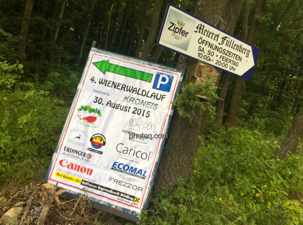 Wegweiser Wienerwaldlauf, © photaq/Martina Draper/Josef Chladek (05.09.2015)