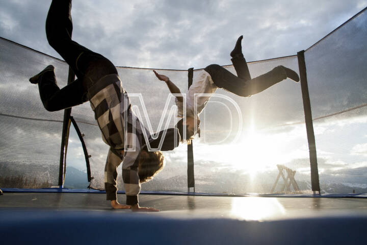 Jump, Trampolin, Sonne
