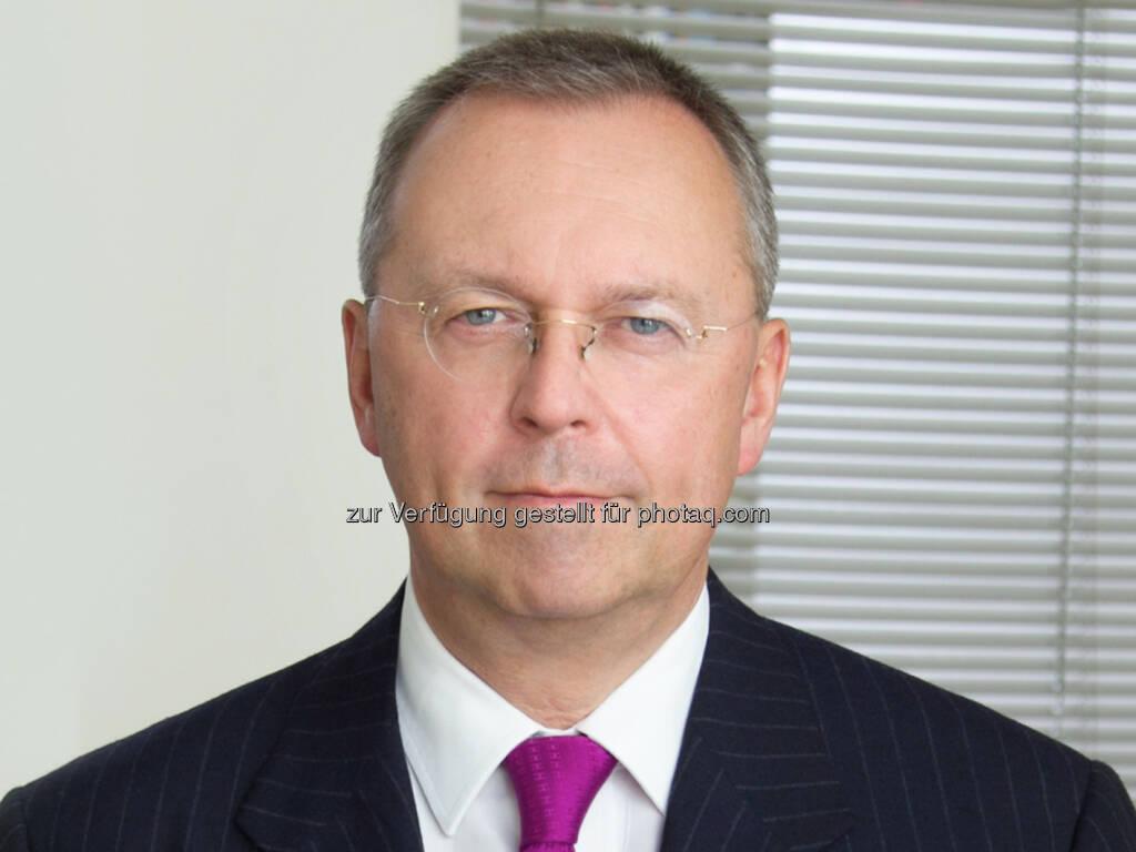 Michael Kutschera (Partner Corporate/M&A) : Binder Grösswang berät Card Complete bei Erwerb der DC Bank von der UniCredit Bank Austria : (c) Binder Grösswang Rechtsanwälte GmbH , © Aussendung (09.09.2015)
