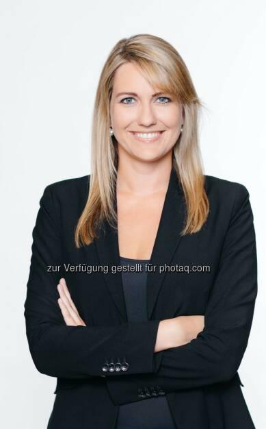 Marlene Auer, zuletzt Chefredakteurin des Falstaff, wird mit 1.11.2015 neue Chefredakteurin des Horizont : © Ian Ehm/Manstein Verlag, © Aussendung (09.09.2015)