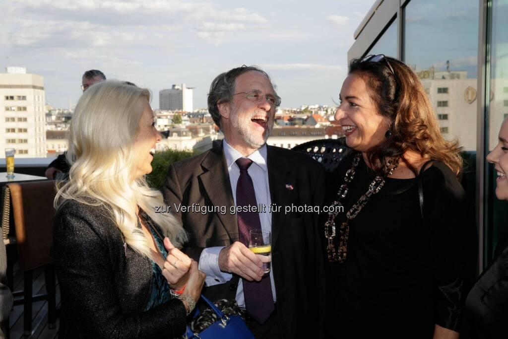 Herausgeberin Uschi Fellner, Erste Group-Aufsichtsratspräsident Friedrich Rödler, Beraterin Linda Villareal-Paierl, © leisure.at/Roland Rudolph (09.09.2015)