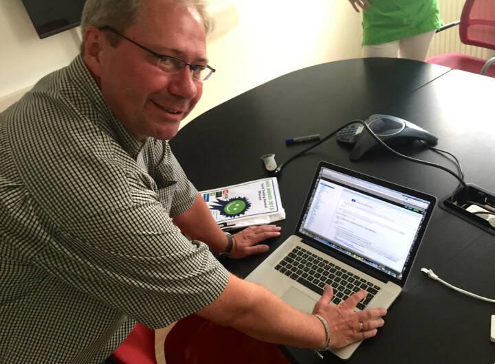 Paul Pleus, Gewinner von smeil-award.com, checkt die wikifolio whispers