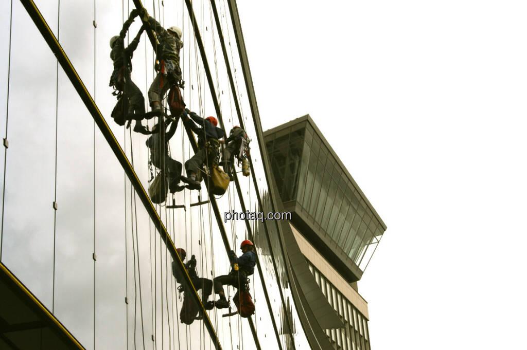 Klettern, Fassade, Raiffeisen, RBI (21.03.2013)