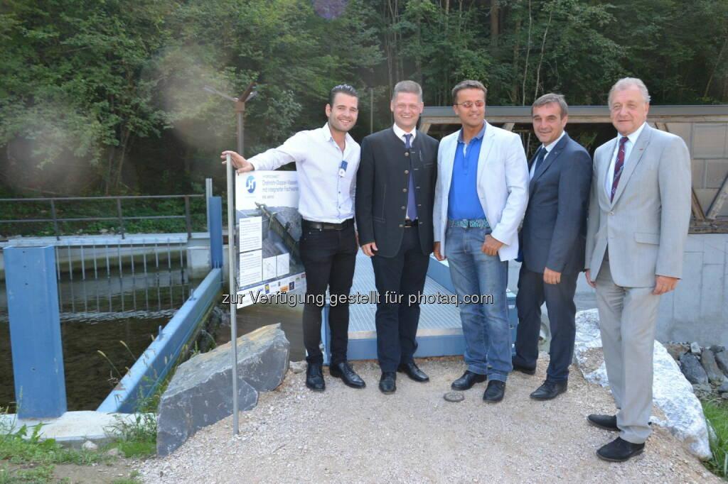 Paul Edelsegger (Hydroconnect), Andreas Hanger (Neubruck Immobilien GmbH), Erwin Mayer (stv. GF Kleinwasserkraft Österreich), LT Abg. Anton Erber,  Franz Wiedersich (WKNoe-Direktor), © Fotocredit: www.eisenstrasse.info (12.09.2015)