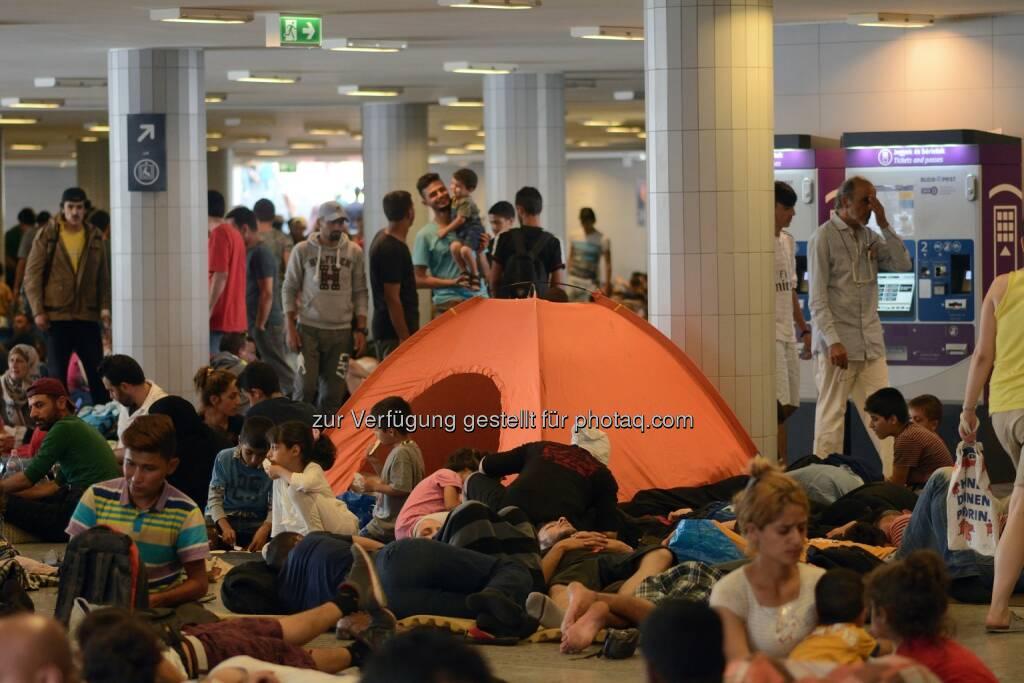 Flüchtlinge auf dem Budapester Keleti Bahnhof - September 2015 : Fotocredit: Attila Jandi/ Shutterstock.com, © Aussender (13.09.2015)