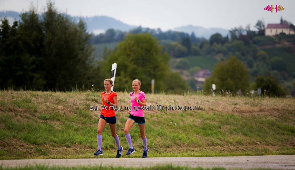 Anna Hahner und Lisa Hahner, Hahnertwins, &copy; <a href=